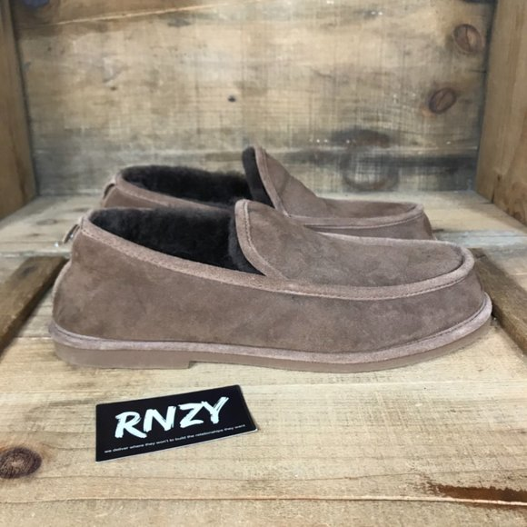 L.L. Bean Shearling Lined Leather Comfort Slipper